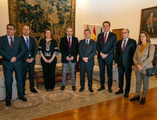 El presidente García-Page valora la cohesión del Consejo Regional de Cámaras de Comercio